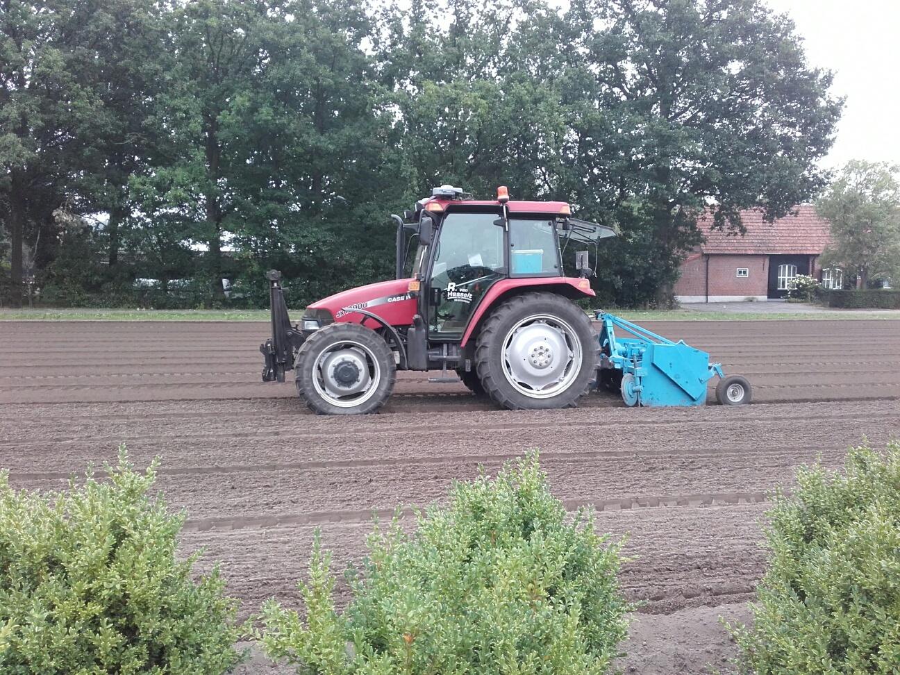 Klaar leggen van de zaai of plant bedden Breda